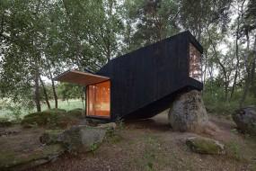 'Forest Retreat': la casa-roccia nella foresta
