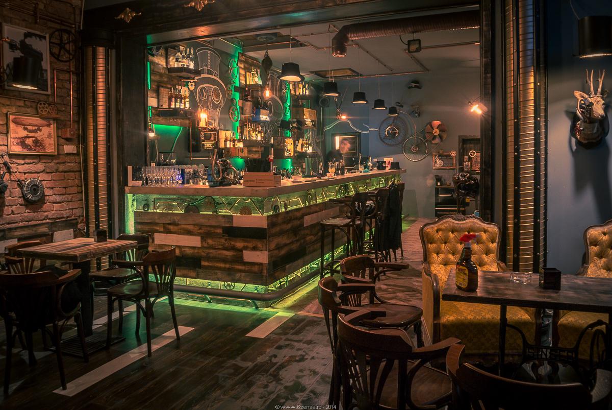 Маленький бар дизайн
