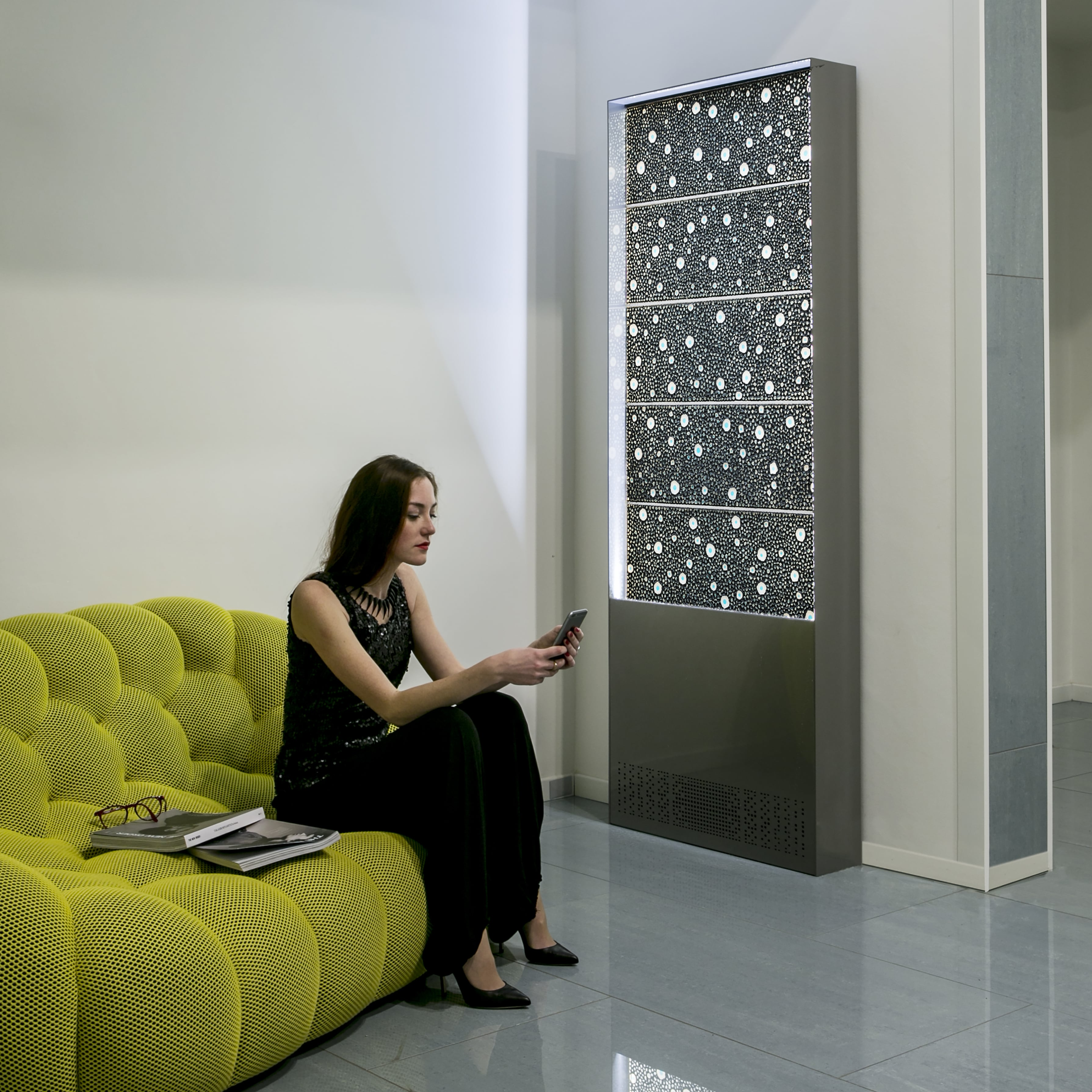 Selene la fontana da interni per la casa del futuro for Interni casa design