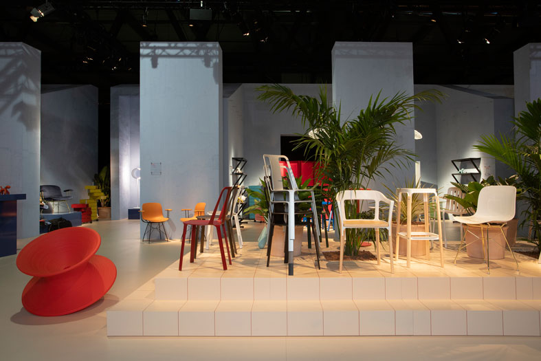 stand-magis-salone-mobile-2019-sedia-vela.jpg