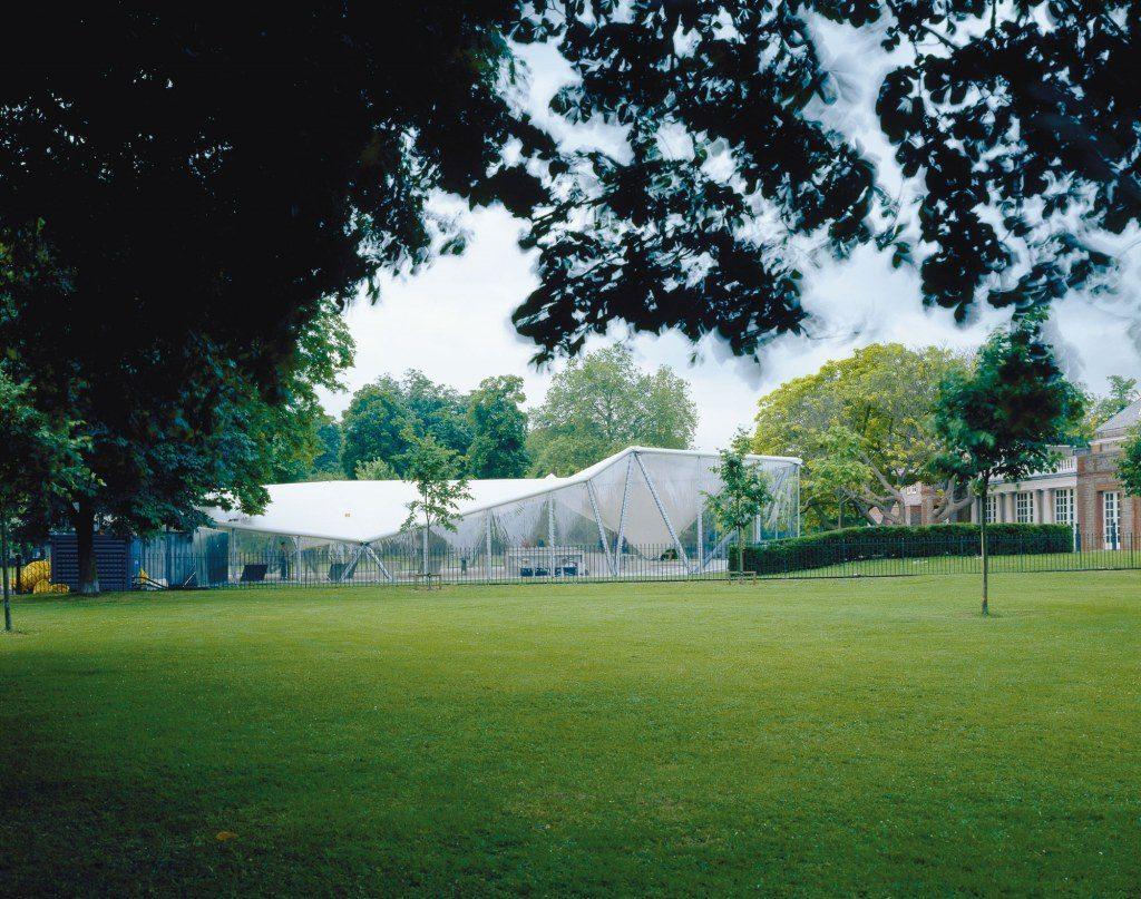 hadid-serpentine-pavilion-2000.jpg