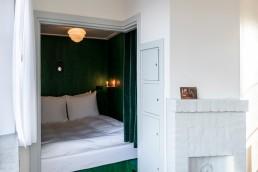 sweet-hotel-amsterdam-bridge-house-West_Overtoomsesluis.jpg