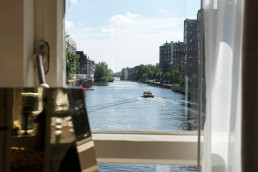 sweet-hotel-amsterdam-bridge-house