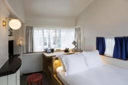 sweet-hotel-amsterdam-bridge-house