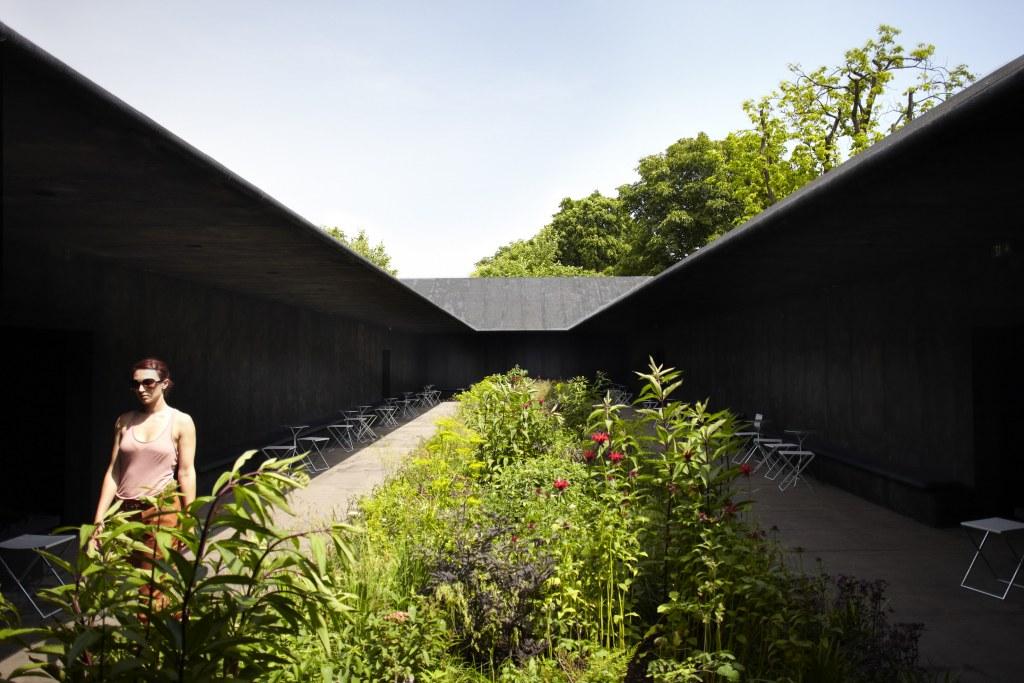 pavilion-2011-peter-zumthor.jpg