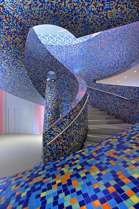 mendini-staircase-groninger-museum.jpg