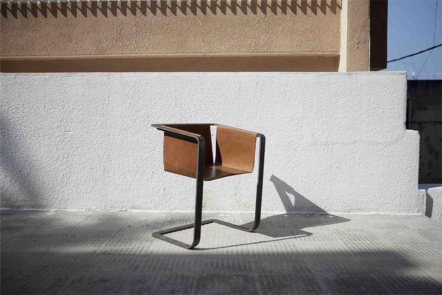 small-armchair-cul-de-sac-francis-nayef.jpg