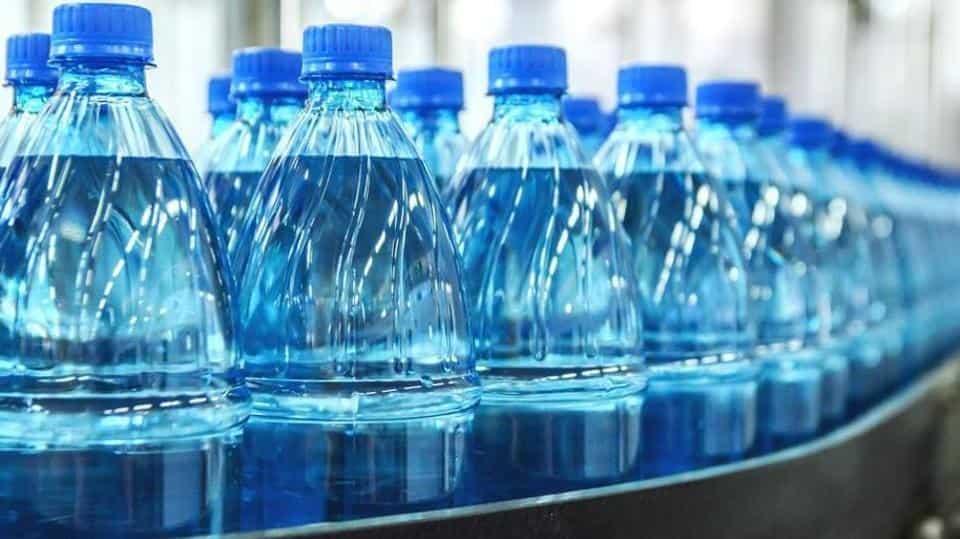 bottiglie-pet-plastica.jpg