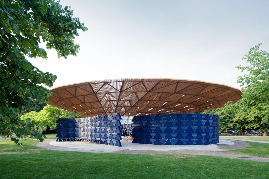 pavilion-francis-kere-2017.jpg