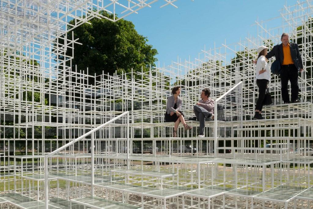 sou-fujimoto-pavilion-2013.jpg