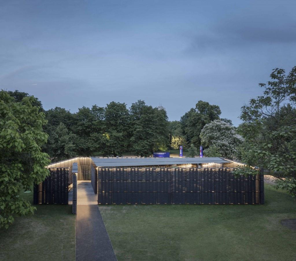 serpentine-pavilion-2018-frida-escobedo.jpg