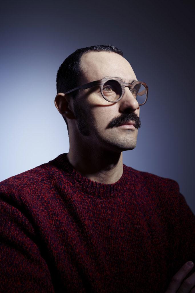 occhiali-legno.jpg