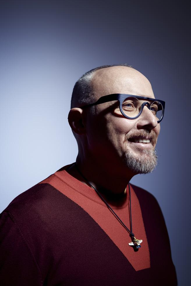 w-eye-occhiali-legno.jpg