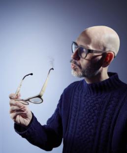 matteo-ragni-occhiali-legno.jpg