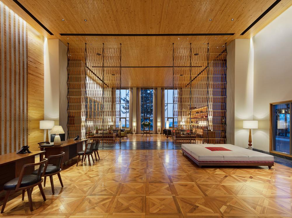 hotel-lusso-himalaya-studio-lotus-taj-theong-resort