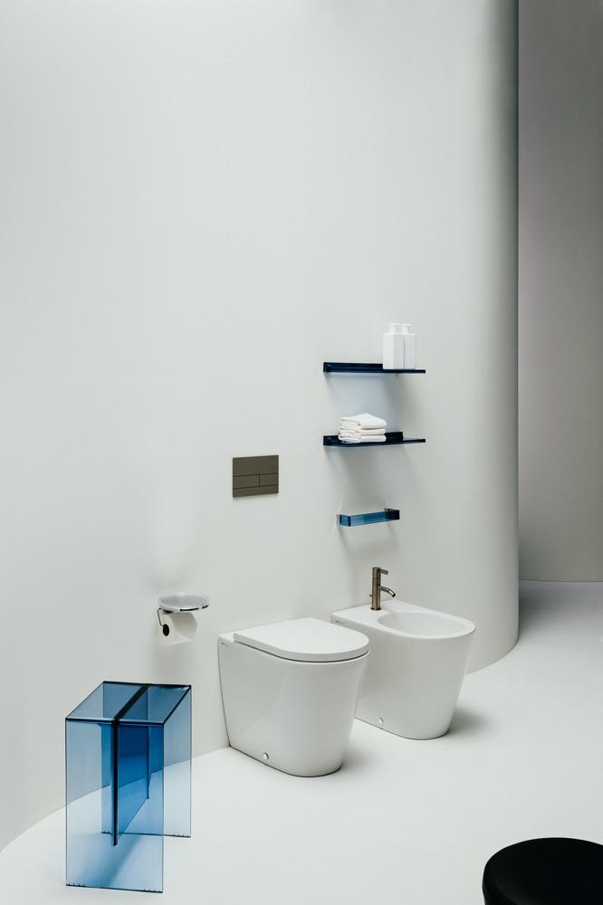mobili-bagno-kartell.jpg